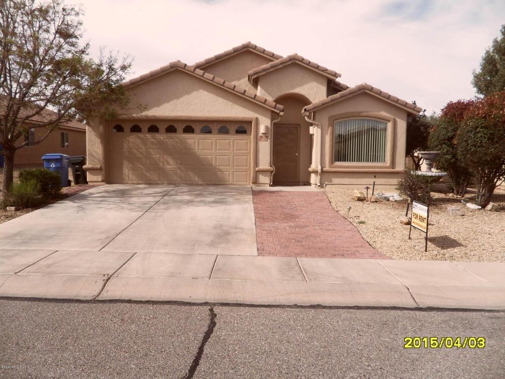 Rental Homes for Rent, ListingId:32641592, location: 2057 Copper Sky Drive Sierra Vista 85635