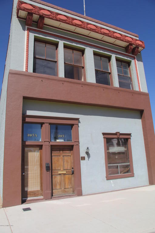 Rental Homes for Rent, ListingId:33544676, location: 207 Arizona Street, Upstairs Bisbee 85603