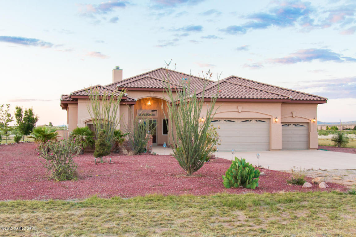 single family home for sale at 10333 e tierra del sol drive hereford az 85615