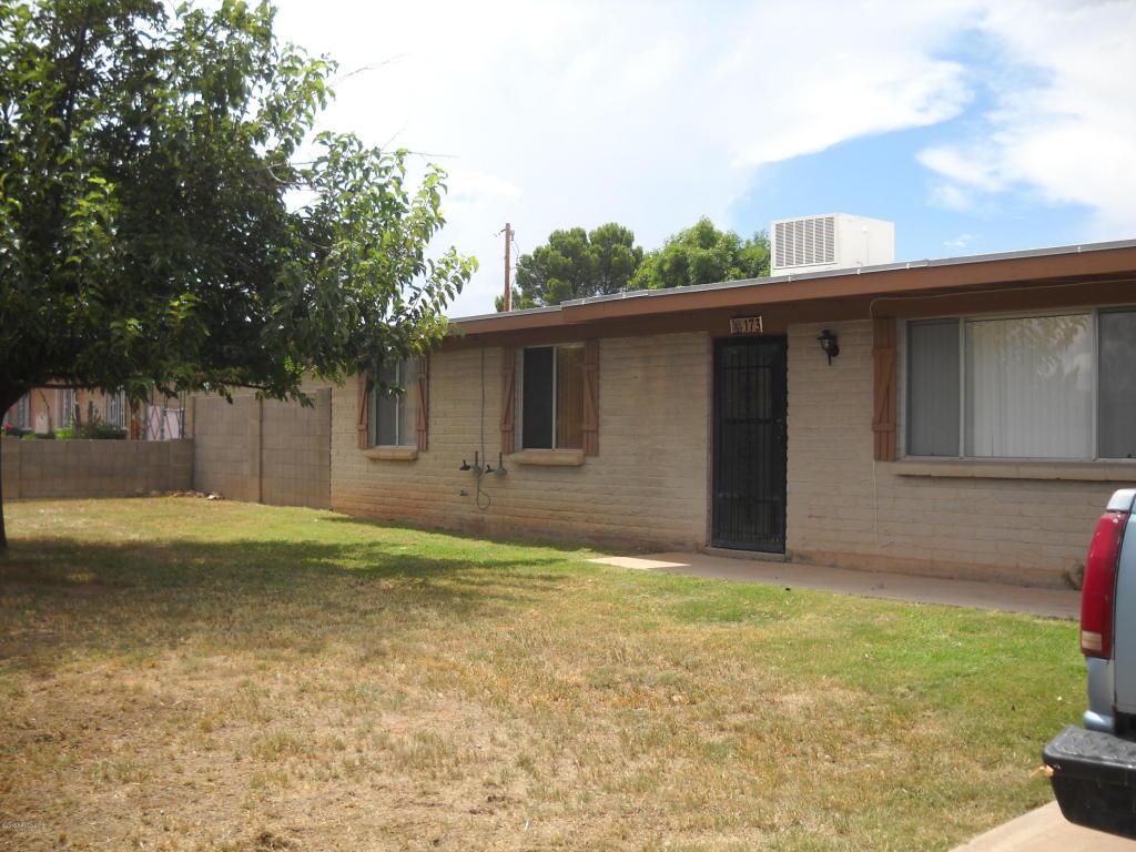 Rental Homes for Rent, ListingId:35512103, location: 173 School Drive Sierra Vista 85635