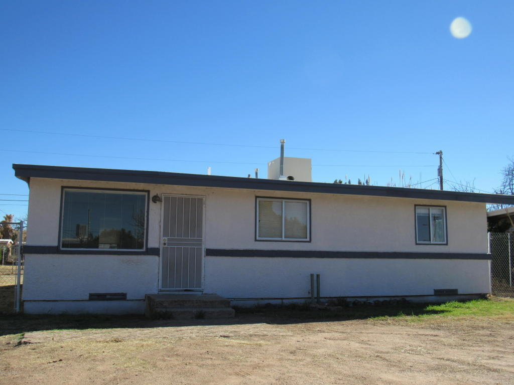 104 E Pima St, Huachuca City, AZ 85616