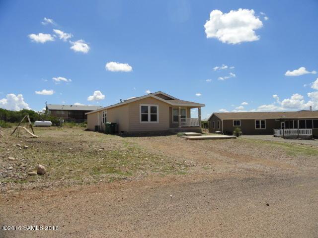 1038 N Saddleback Dr, Tombstone, AZ 85638