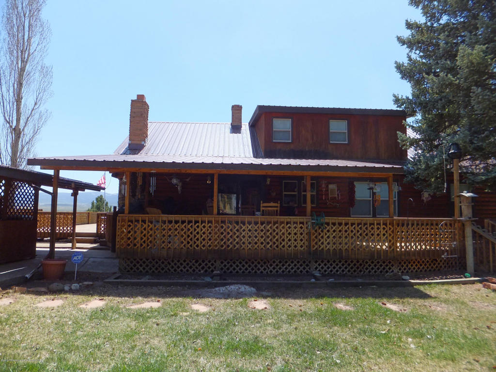 879 7th St, Meeker, CO 81641