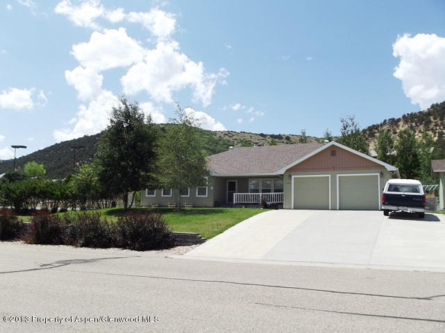 1369 Juniper Rd, Meeker, CO 81641