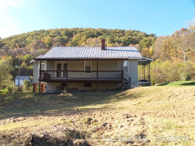Photo of 229 Bear Ridge Lane  Williamsburg  PA
