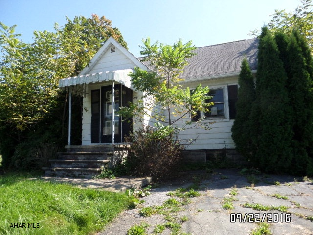 Photo of 209 Bentwood Road  Johnstown  PA
