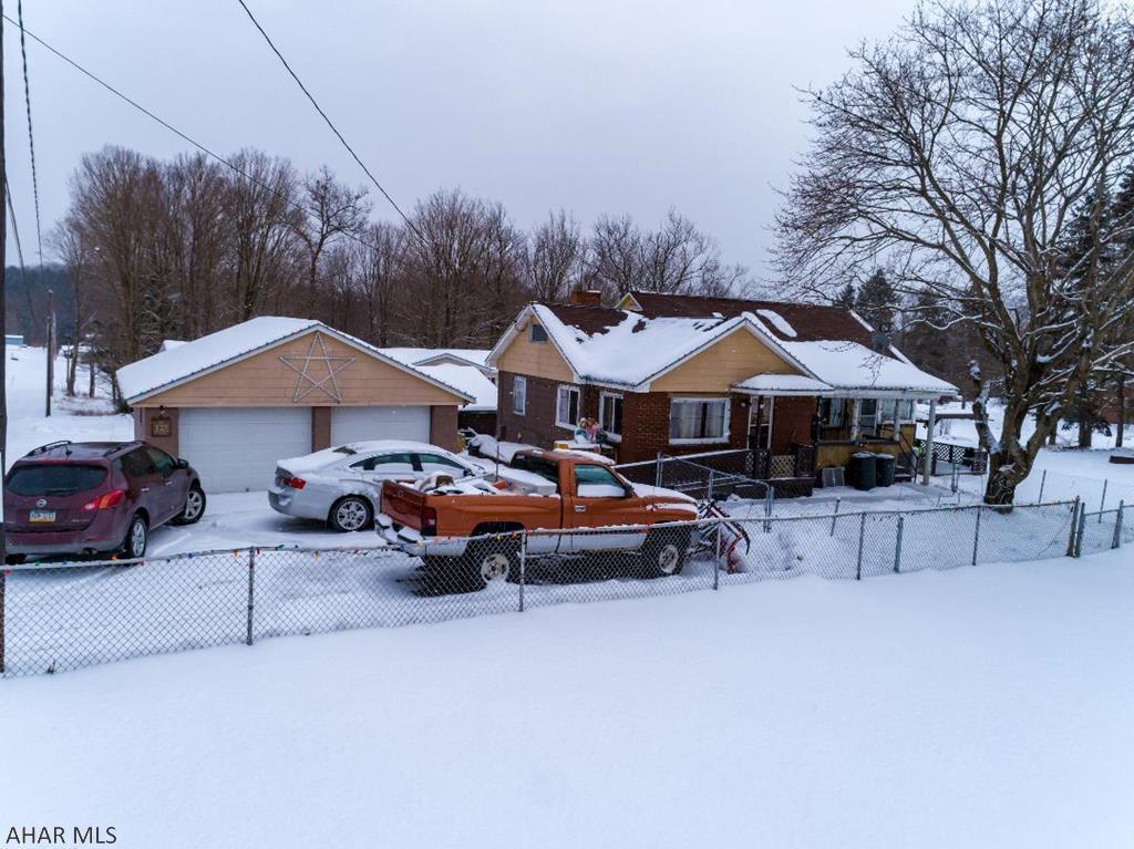 127 Swan Drive Johnstown, PA 15909