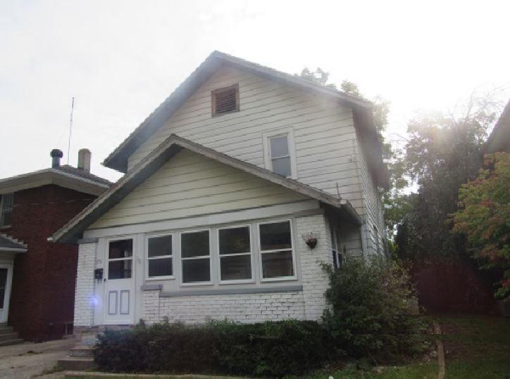 Photo of 715 E Tipton St  Huntington  IN