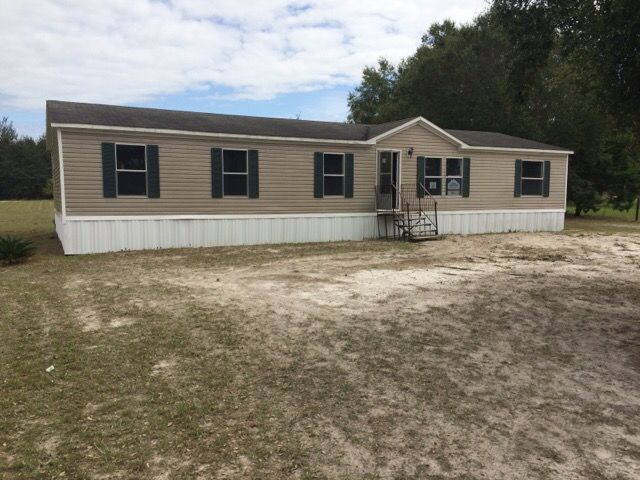 Photo of 174 Gorbutt Rd  Crescent City  FL