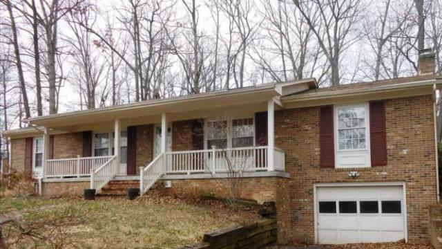 104 Buchannan Dr, Stephens City, VA 22655