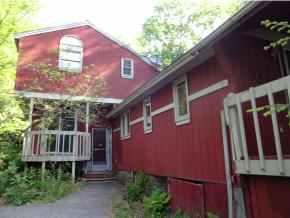 108 Gould Pond Rd, Hillsborough, NH 03244
