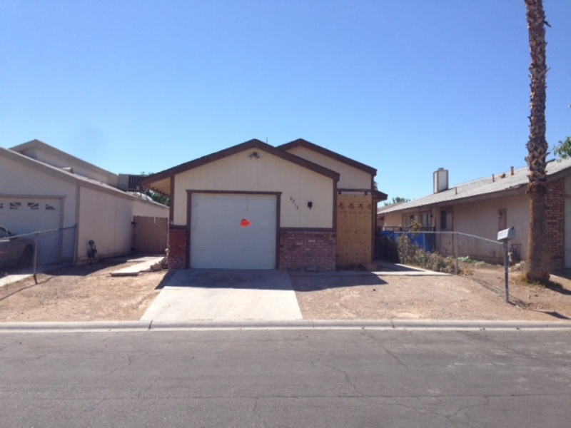 6215 Don Zarembo Ave, Las Vegas, NV 89108