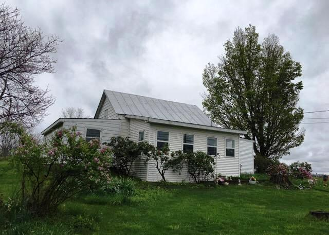 Photo of 161 Middle Rd  Hudson  NY