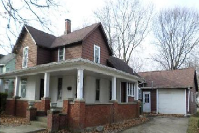 307 S Line St, South Whitley, IN 46787