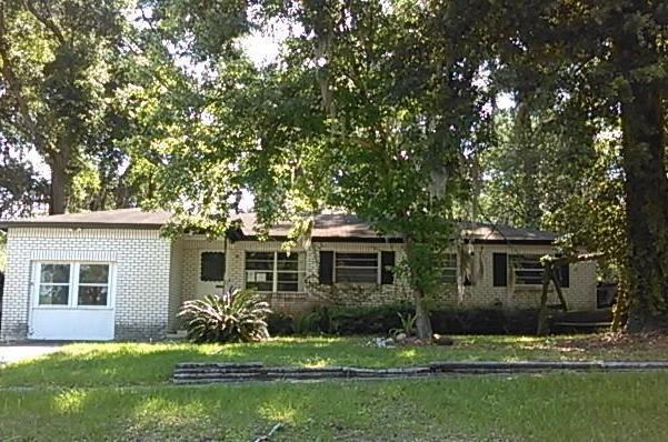 411 Capricorn Ln, Orange Park, FL 32073