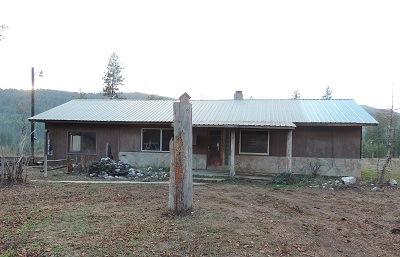 3383 Rockcut Rd, Kettle Falls, WA 99141