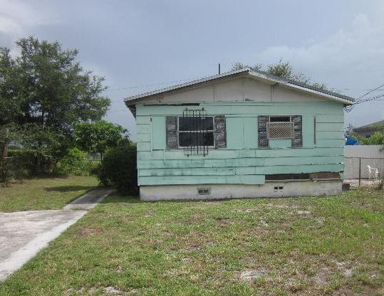1949 NW 155th St, Opa Locka, FL 33054