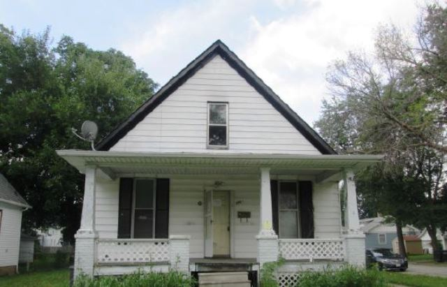 Photo of 1369 N College St  Decatur  IL