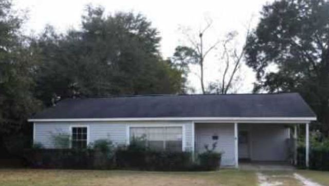 Photo of 310 Cloverdale Rd  Atmore  AL