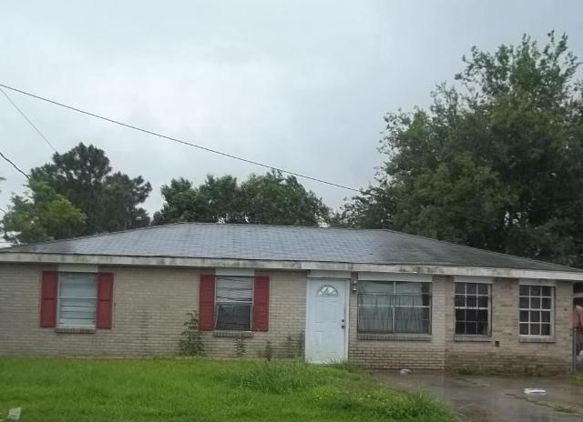 6305 Lincoln Ave, Marrero, LA 70072