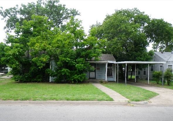 Photo of 2317 Fincher Rd  Haltom City  TX
