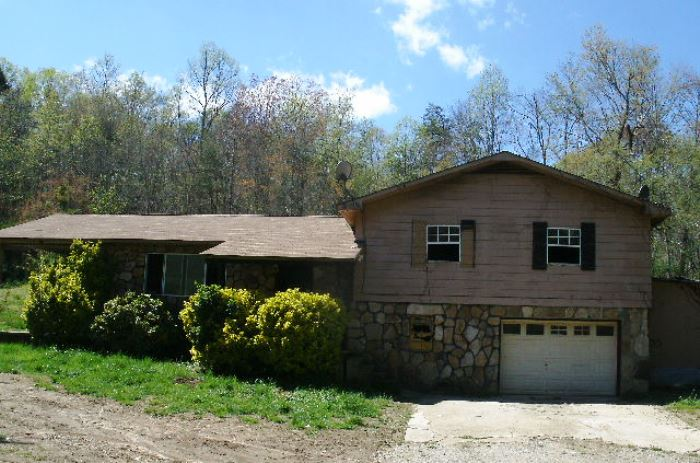 1961 Euchee Rd, Ten Mile, TN 37880