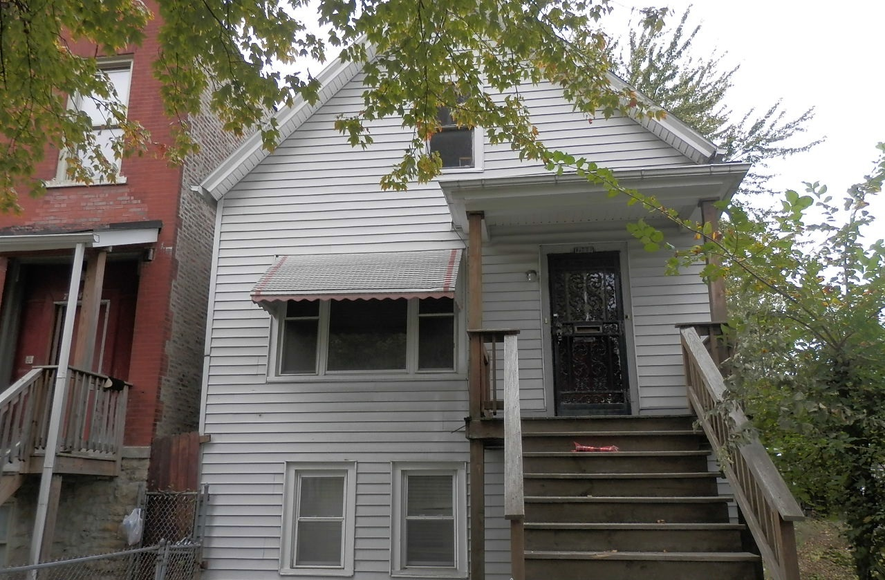 Photo of 7122 S May St  Chicago  IL