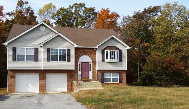 26877 Erin Dr, Mechanicsville, MD 20659