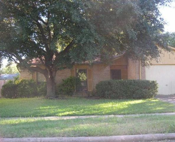 24319 Rockin Seven Dr, Hockley, TX 77447