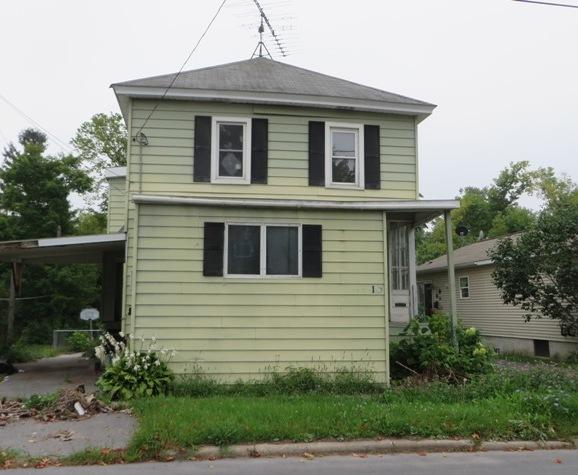 10 Anthony St, Alexandria Bay, NY 13607