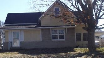 215 S 10th Ave, Beech Grove, IN 46107