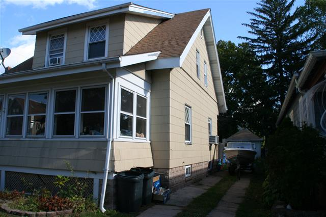 391 3rd Ave, West Haven, CT 06516