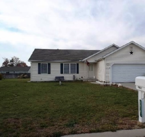 56891 Kimberly Dr, Elkhart, IN 46516