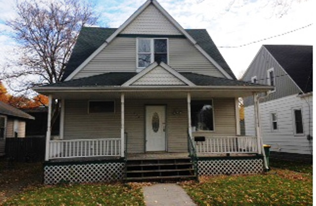 Photo of 718 Lincoln St  Green Bay  WI