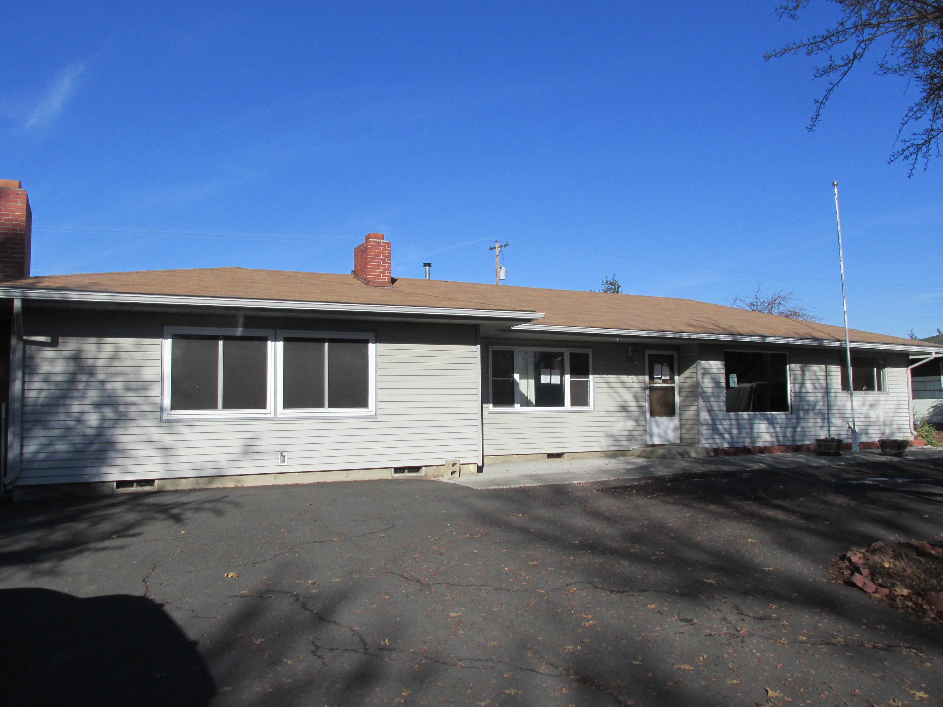 One of Single Story homes for sale at 4303 Onyx Ave