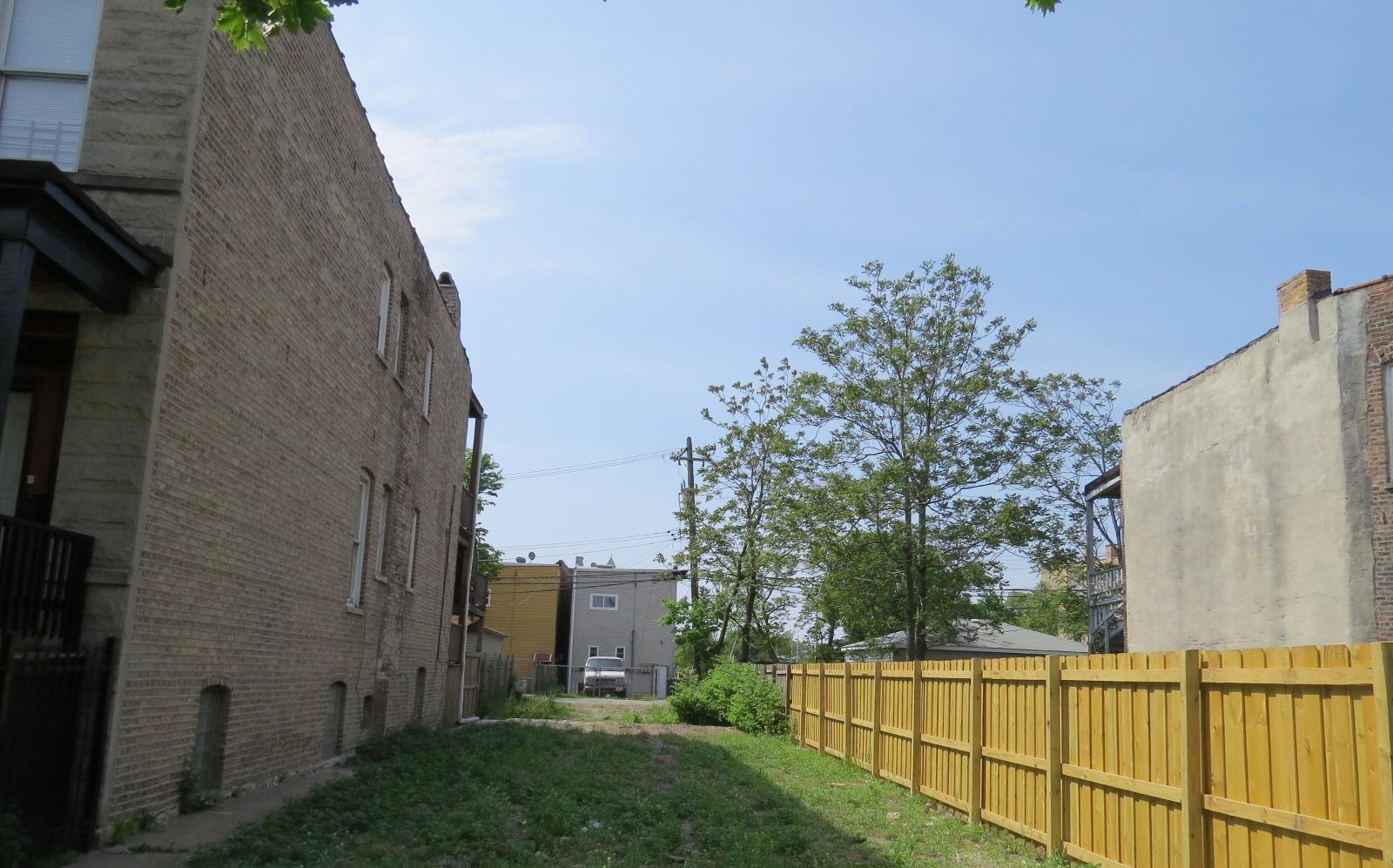 4329 W Van Buren St, Chicago, IL 60624