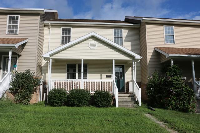 324 Ridge Ave, Waynesboro, PA 17268