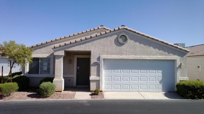 4945 Mascaro Dr, Las Vegas, NV 89122