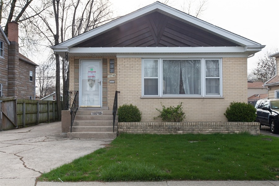 10746 S Kedzie Ave, Chicago, IL 60655