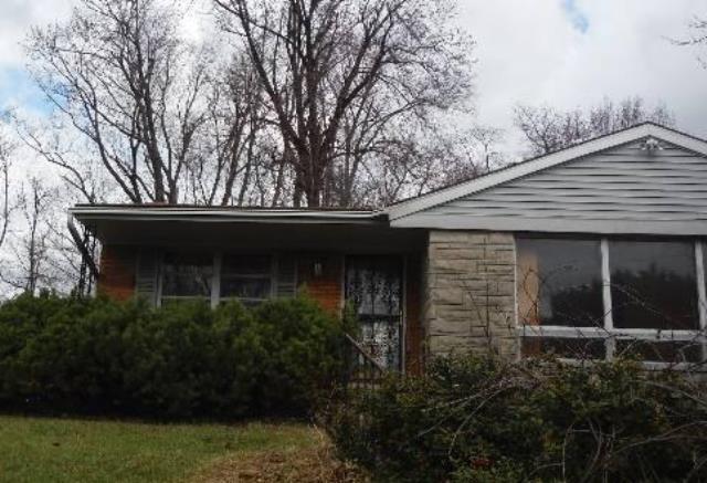 1527 Dawn Dr, Louisville, KY 40216