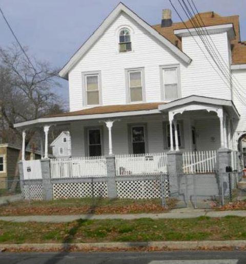 414 W Almond St, Vineland, NJ 08360