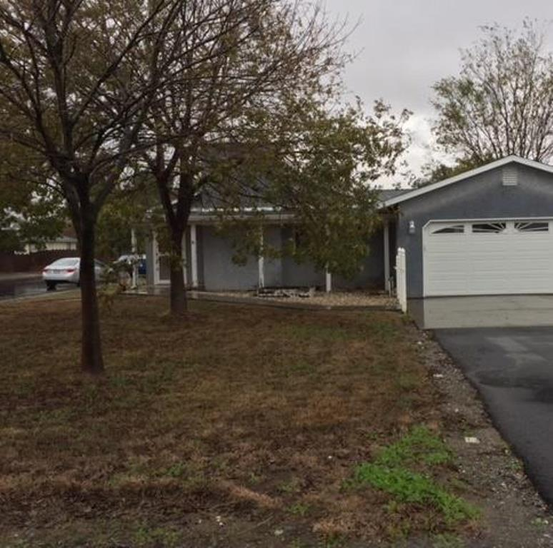 Photo of 435 Papst Ave  Orland  CA