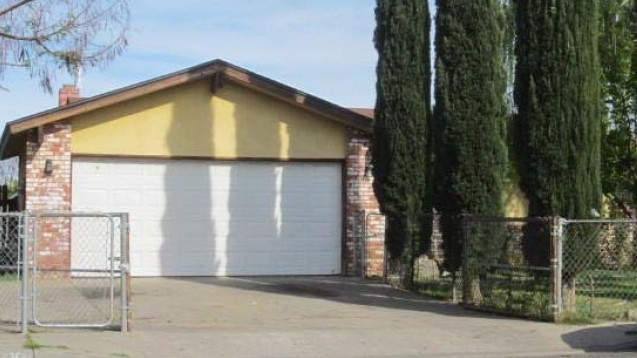 1325 Noreen Way, Madera, CA 93638