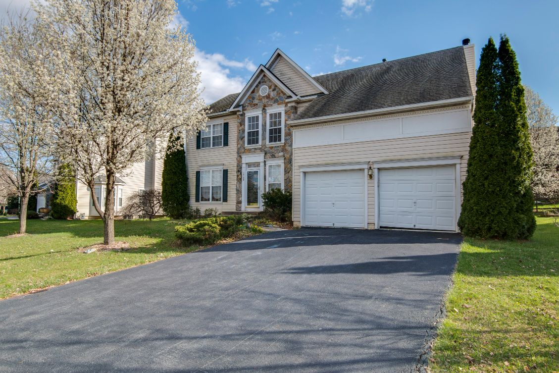 1708 Wheyfield Dr, Frederick, MD 21701