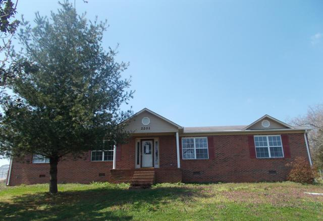 2201 Creek Dr, Lewisburg, TN 37091