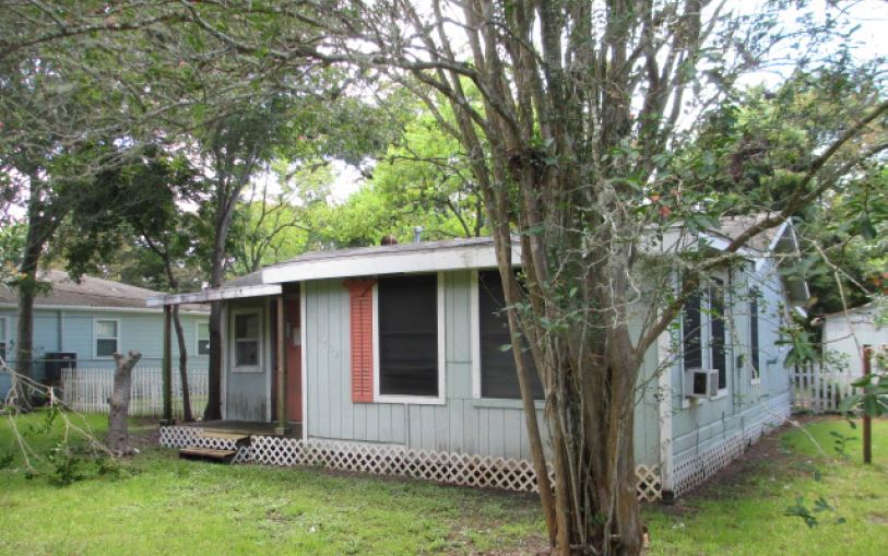 Photo of 4702 10th St  Bacliff  TX