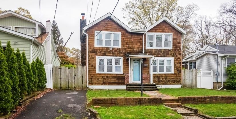 44 Metedeconk Rd, Brick, NJ 08723