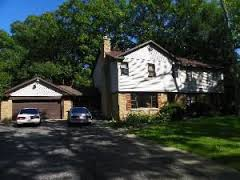 2s335 Williams Rd, Warrenville, IL 60555