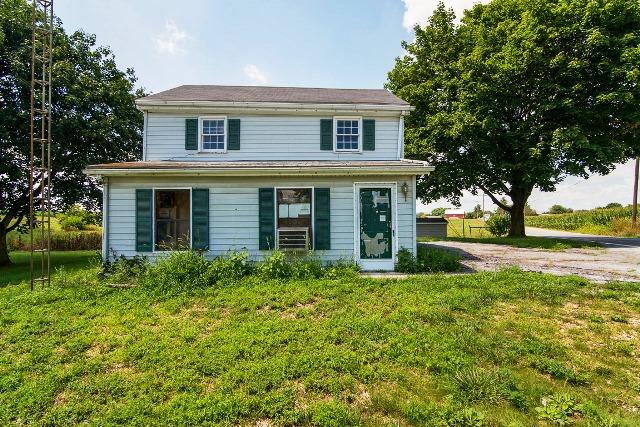 584 Clay Hill Rd, Chambersburg, PA 17202