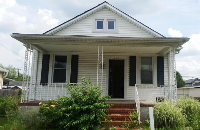 223 Doris Ave, Baltimore, MD 21225